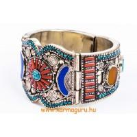 Ékszer (gyűrű, karkötő, medál, nyaklánc, gao-ghau)