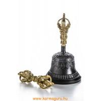 Rituális tárgy, töltött váza, csengő, tingsha, oltár kellék.