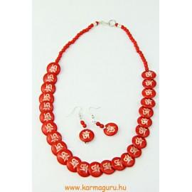 Csont nyaklánc festett OM-mal, hozzá illő fülbevalóval, vörös